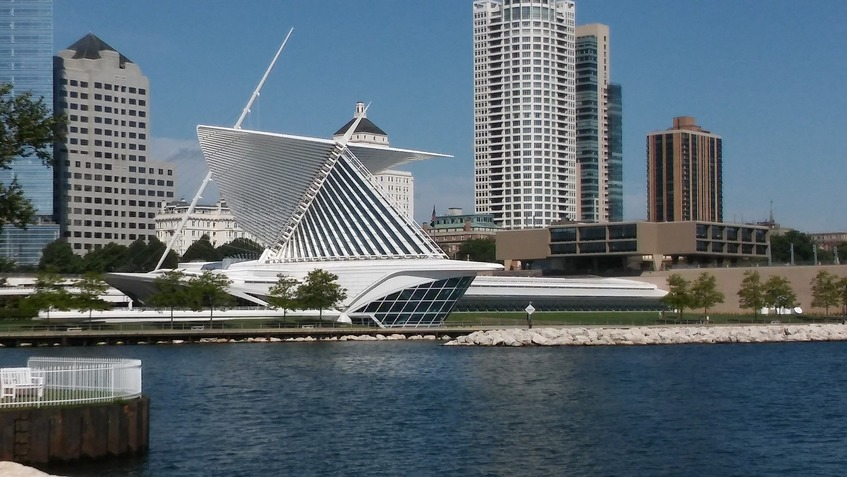 Milwaukee Network and Data Center Liquidators